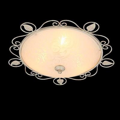 Светильник Евросвет 40000/2 белый с золотомПотолочные<br>Компания «Светодом» предлагает широкий ассортимент люстр от известных производителей. Представленные в нашем каталоге товары выполнены из современных материалов и обладают отличным качеством. Благодаря широкому ассортименту Вы сможете найти у нас люстру под любой интерьер. Мы предлагаем как классические варианты, так и современные модели, отличающиеся лаконичностью и простотой форм.  Стильная люстра Евросвет 40000/2 станет украшением любого дома. Эта модель от известного производителя не оставит равнодушным ценителей красивых и оригинальных предметов интерьера. Люстра Евросвет 40000/2 обеспечит равномерное распределение света по всей комнате. При выборе обратите внимание на характеристики, позволяющие приобрести наиболее подходящую модель. Купить понравившуюся люстру по доступной цене Вы можете в интернет-магазине «Светодом».<br><br>Установка на натяжной потолок: Ограничено<br>S освещ. до, м2: 6<br>Крепление: Планка<br>Тип лампы: Накаливания / энергосбережения / светодиодная<br>Тип цоколя: E27<br>Количество ламп: 2<br>MAX мощность ламп, Вт: 60<br>Диаметр, мм мм: 370<br>Высота, мм: 130<br>Цвет арматуры: белый с золотистой патиной