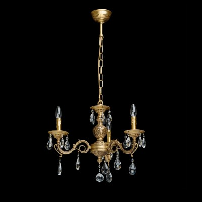 Люстра Chiaro 411012503 Паулалюстры подвесные классические<br>Описание модели 411012503: Завораживающая своей ослепительной красотой люстра из коллекции Паула может стать завершающим аккордом интерьера в стиле барокко. Основание из благородной латуни, продуманные до мельчайших подробностей отточенные детали – всё напоминает  о пышном убранстве средневековых дворцов.   Изящные, округлые линии, тонкие завитки, прозрачные хрустальные подвески и сказочная игра света  говорят о том, что  эта роскошная люстра предназначена для истинных гурманов.  Рекомендуемая площадь освещения порядка 36 кв.м.<br><br>Установка на натяжной потолок: Да<br>S освещ. до, м2: 9<br>Крепление: Крюк<br>Тип лампы: Накаливания / энергосбережения / светодиодная<br>Тип цоколя: E27<br>Цвет арматуры: латунь<br>Количество ламп: 1<br>Диаметр, мм мм: 560<br>Длина цепи/провода, мм: 360<br>Высота, мм: 900<br>MAX мощность ламп, Вт: 40