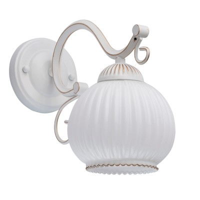 Светильник De Markt 450026001Классические<br><br><br>Тип лампы: Накаливания / энергосбережения / светодиодная<br>Тип цоколя: E27<br>Цвет арматуры: белый с золотистой патиной<br>Количество ламп: 1<br>Ширина, мм: 260<br>Длина, мм: 140<br>Высота, мм: 220<br>MAX мощность ламп, Вт: 60