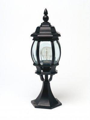 Светильник Brilliant 48684/06 IstriaУличные фонари на столб<br>Обеспечение качественного уличного освещения – важная задача для владельцев коттеджей. Компания «Светодом» предлагает современные светильники, которые порадуют Вас отличным исполнением. В нашем каталоге представлена продукция известных производителей, пользующихся популярностью благодаря высокому качеству выпускаемых товаров.   Уличный светильник Brilliant 48684/06 не просто обеспечит качественное освещение, но и станет украшением Вашего участка. Модель выполнена из современных материалов и имеет влагозащитный корпус, благодаря которому ей не страшны осадки.   Купить уличный светильник Brilliant 48684/06, представленный в нашем каталоге, можно с помощью онлайн-формы для заказа. Чтобы задать имеющиеся вопросы, звоните нам по указанным телефонам.<br><br>S освещ. до, м2: до 4<br>Тип лампы: накаливания / энергосбережения / LED-светодиодная<br>Тип цоколя: E27<br>Цвет арматуры: черный<br>Количество ламп: 1<br>Диаметр, мм мм: 160<br>Высота, мм: 500<br>MAX мощность ламп, Вт: 60