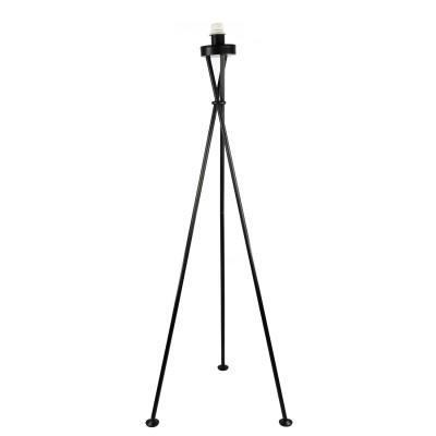 Торшер Lamplandia 51-459 TOMASНа треноге<br>Вид светильника: напольный<br>Размер: 40 x 40 x 135<br>Мощность: 1*E27*60W<br>Материал: Металл<br><br>Крепление: напольный<br>Тип лампы: Накаливания / энергосбережения / светодиодная<br>Тип цоколя: E27<br>Количество ламп: 1<br>MAX мощность ламп, Вт: 60<br>Диаметр, мм мм: 400<br>Высота, мм: 1350<br>Цвет арматуры: черный