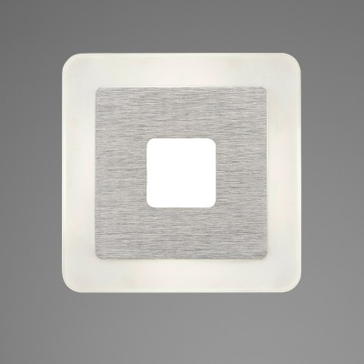 Настенный светильник бра Mantra 5124 SOLквадратные светильники<br>Настенно-потолочные светильники – это универсальные осветительные варианты, которые подходят для вертикального и горизонтального монтажа. В интернет-магазине «Светодом» Вы можете приобрести подобные модели по выгодной стоимости. В нашем каталоге представлены как бюджетные варианты, так и эксклюзивные изделия от производителей, которые уже давно заслужили доверие дизайнеров и простых покупателей. <br>Настенно-потолочный светильник Mantra 5124 станет прекрасным дополнением к основному освещению. Благодаря качественному исполнению и применению современных технологий при производстве эта модель будет радовать Вас своим привлекательным внешним видом долгое время. <br>Приобрести настенно-потолочный светильник Mantra 5124 можно, находясь в любой точке России.<br><br>S освещ. до, м2: 2<br>Цветовая t, К: 4000<br>Тип лампы: LED<br>Цвет арматуры: серебристый никель<br>Ширина, мм: 140<br>Расстояние от стены, мм: 47<br>Высота, мм: 140<br>MAX мощность ламп, Вт: 4