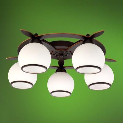 Люстра Colosseo 52501/5C MESSINAПотолочные<br><br><br>Тип товара: Люстра<br>Тип лампы: Накаливания / энергосбережения / светодиодная<br>Тип цоколя: E27<br>Количество ламп: 5<br>MAX мощность ламп, Вт: 60<br>Диаметр, мм мм: 540<br>Высота, мм: 170<br>Цвет арматуры: темное дерево