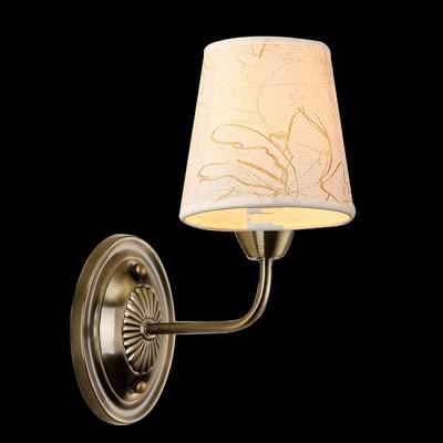 Светильник Евросвет 60025/1 античная бронзаКлассика<br><br><br>Тип товара: Светильник настенный бра<br>Тип лампы: Накаливания / энергосбережения / светодиодная<br>Тип цоколя: 40<br>Количество ламп: 1<br>Ширина, мм: 140<br>MAX мощность ламп, Вт: 40<br>Длина, мм: 280<br>Высота, мм: 230<br>Цвет арматуры: бронзовый