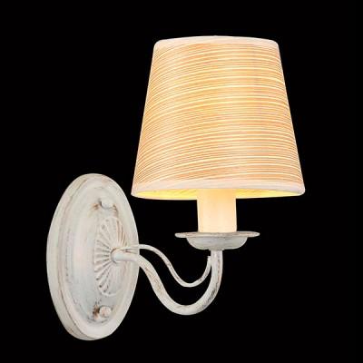 Светильник Евросвет 60027/1 белый с золотомМодерн<br><br><br>Тип товара: Светильник настенный бра<br>Тип лампы: Накаливания / энергосбережения / светодиодная<br>Тип цоколя: E14<br>Количество ламп: 1<br>Ширина, мм: 140<br>MAX мощность ламп, Вт: 40<br>Длина, мм: 260<br>Высота, мм: 235<br>Цвет арматуры: белый с золотистой патиной