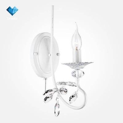 Евросвет 60057/1 белый с серебромКлассические<br><br><br>Тип лампы: Накаливания / энергосбережения / светодиодная<br>Тип цоколя: E14<br>Количество ламп: 1<br>Ширина, мм: 110<br>MAX мощность ламп, Вт: 60<br>Расстояние от стены, мм: 145<br>Высота, мм: 245<br>Цвет арматуры: белый