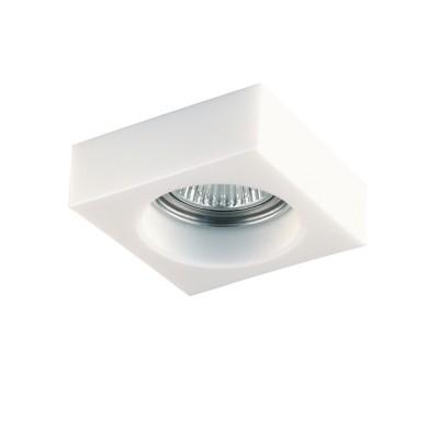 Lightstar LUI 6146 СветильникКвадратные<br>Встраиваемые светильники – популярное осветительное оборудование, которое можно использовать в качестве основного источника или в дополнение к люстре. Они позволяют создать нужную атмосферу атмосферу и привнести в интерьер уют и комфорт. <br> Интернет-магазин «Светодом» предлагает стильный встраиваемый светильник Lightstar 6146. Данная модель достаточно универсальна, поэтому подойдет практически под любой интерьер. Перед покупкой не забудьте ознакомиться с техническими параметрами, чтобы узнать тип цоколя, площадь освещения и другие важные характеристики. <br> Приобрести встраиваемый светильник Lightstar 6146 в нашем онлайн-магазине Вы можете либо с помощью «Корзины», либо по контактным номерам. Мы развозим заказы по Москве, Екатеринбургу и остальным российским городам.<br><br>Тип лампы: галогенная/LED<br>Тип цоколя: MR16 / gu5.3 / GU10<br>Количество ламп: 1<br>MAX мощность ламп, Вт: 50<br>Размеры: Диаметр вырезного отверстия