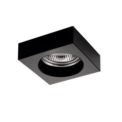 Lightstar LUI 6147 СветильникКвадратные<br>Встраиваемые светильники – популярное осветительное оборудование, которое можно использовать в качестве основного источника или в дополнение к люстре. Они позволяют создать нужную атмосферу атмосферу и привнести в интерьер уют и комфорт. <br> Интернет-магазин «Светодом» предлагает стильный встраиваемый светильник Lightstar 6147. Данная модель достаточно универсальна, поэтому подойдет практически под любой интерьер. Перед покупкой не забудьте ознакомиться с техническими параметрами, чтобы узнать тип цоколя, площадь освещения и другие важные характеристики. <br> Приобрести встраиваемый светильник Lightstar 6147 в нашем онлайн-магазине Вы можете либо с помощью «Корзины», либо по контактным номерам. Мы развозим заказы по Москве, Екатеринбургу и остальным российским городам.<br><br>Тип лампы: галогенная/LED<br>Тип цоколя: MR16 / gu5.3 / GU10<br>Цвет арматуры: черный<br>Количество ламп: 1<br>Размеры: Диаметр вырезного отверстия<br>MAX мощность ламп, Вт: 50