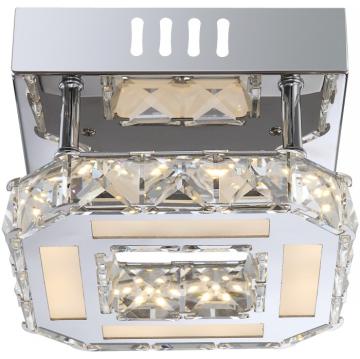Светильник Globo 67051-8D Mileyдекоративные светильники<br>Настенно-потолочные светильники – это универсальные осветительные варианты, которые подходят для вертикального и горизонтального монтажа. В интернет-магазине «Светодом» Вы можете приобрести подобные модели по выгодной стоимости. В нашем каталоге представлены как бюджетные варианты, так и эксклюзивные изделия от производителей, которые уже давно заслужили доверие дизайнеров и простых покупателей.  Настенно-потолочный светильник Globo 67051-8D станет прекрасным дополнением к основному освещению. Благодаря качественному исполнению и применению современных технологий при производстве эта модель будет радовать Вас своим привлекательным внешним видом долгое время. Приобрести настенно-потолочный светильник Globo 67051-8D можно, находясь в любой точке России.<br><br>S освещ. до, м2: 4<br>Тип лампы: галогенная / LED-светодиодная<br>Тип цоколя: LED<br>Цвет арматуры: серебристый<br>Количество ламп: 1<br>Ширина, мм: 160<br>Длина, мм: 160<br>Высота, мм: 104<br>MAX мощность ламп, Вт: 8