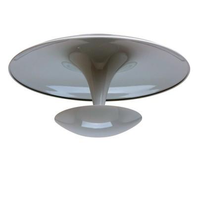 Люстра Mw light 674011001 РивзПотолочные<br>Описание модели 674011001: Необычный светильник из коллекции «Ривз» освежит интерьер новизной форм и нежной цветовой гаммой. Основание из металла глянцевого белого оттенка представляет собой сочетание двух выпукло-вогнутых полусфер. Источник света расположен в нижней части светильника, направлен вверх и мягко отражается в верхней чаше. Благодаря такому нестандартному решению создается иллюзия света, плавно струящегося вверх, благодаря чему интерьер наполняется особым уютом.<br><br>Установка на натяжной потолок: Да<br>S освещ. до, м2: 10<br>Крепление: Планка<br>Тип лампы: LED - светодиодная<br>Тип цоколя: LED<br>Цвет арматуры: белый<br>Количество ламп: 24<br>Диаметр, мм мм: 450<br>Высота, мм: 200<br>MAX мощность ламп, Вт: 1