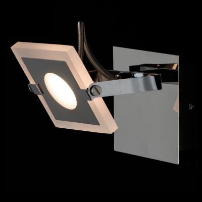 Светильник настенный бра Mw light 675021001 РальфХай-тек<br>Описание модели 675021001: Для тех, кто предпочитает современный минималистический дизайн, не лишенный оригинальности, создана коллекция светильников «Ральф».  Металлическое хромированное основание дополнено уникальными плоскими плафонами прямоугольной формы, со скругленными углами. Они выполнены из алюминия и частично матированного прозрачного акрила. Помимо этого, плафоны оснащены системой спотов – вращая их в разные стороны,  можно менять направление светового потока. Такие светильники идеальны для зонального освещения.<br><br>S освещ. до, м2: 1<br>Тип лампы: LED<br>Тип цоколя: LED<br>Цвет арматуры: серебристый<br>Количество ламп: 1<br>Ширина, мм: 100<br>Длина, мм: 130<br>Высота, мм: 165<br>MAX мощность ламп, Вт: 5<br>Общая мощность, Вт: 5