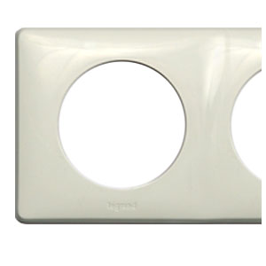 Рамка 2 поста белый Celiane (Legrand) 68632Белый<br><br><br>Оттенок (цвет): Белый