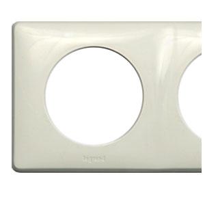 Рамка 4 поста белый Celiane (Legrand) 68634Белый<br><br><br>Оттенок (цвет): Белый