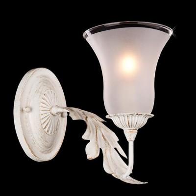 Светильник Евросвет 70017/1 белый с золотомФлористика<br><br><br>Тип товара: Светильник настенный бра<br>Тип лампы: Накаливания / энергосбережения / светодиодная<br>Тип цоколя: E14<br>Количество ламп: 1<br>Ширина, мм: 120<br>MAX мощность ламп, Вт: 60<br>Длина, мм: 300<br>Высота, мм: 180<br>Цвет арматуры: белый с золотистой патиной
