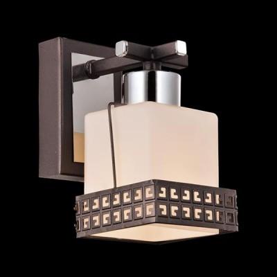 Светильник Евросвет 70019/1 хром/венгеСовременные<br><br><br>Тип лампы: Накаливания / энергосбережения / светодиодная<br>Тип цоколя: E14<br>Количество ламп: 1<br>Ширина, мм: 130<br>MAX мощность ламп, Вт: 60<br>Длина, мм: 80<br>Высота, мм: 160<br>Цвет арматуры: серебристый