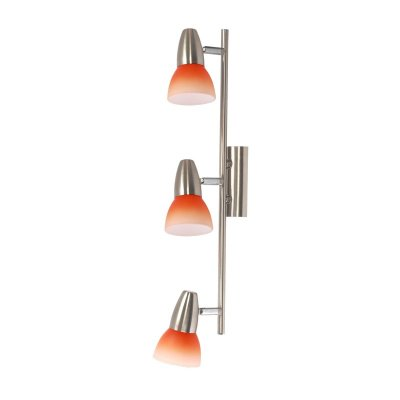 Светильник спот Colosseo 70608/3 GardaТройные<br>Три плафона поворотного светильника Colosseo 70608/3 Garda никель создают яркое направленное освещение пространства площадью до восьми кв.м., которое при необходимости можно «сместить» в других направлениях. Это очень удобно, и помогает менять акценты в интерьере, не прибегая к утомительному демонтажу. Особенно выигрышно светильник будет смотреться в комнаты с похожей цветовой гаммой – это придаст помещению законченный вид, уют и гармонию.<br><br>S освещ. до, м2: 8<br>Крепление: планка<br>Тип лампы: накал-я - энергосбер-я<br>Тип цоколя: E14(R50)<br>Количество ламп: 3<br>Ширина, мм: 520<br>MAX мощность ламп, Вт: 40<br>Расстояние от стены, мм: 200<br>Высота, мм: 80<br>Цвет арматуры: серый
