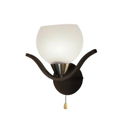 Светильник бра Colosseo 70802/1WСовременные<br>Настенный светильник Colosseo 70802/1W обладает достоинствами, которые делают его идеально подходящим практически для всех стилей интерьера! Оригинальная, и вместе с тем не «вычурная» конструкция, простые линии, геометрические формы и сочетание оттенков «венге» и матового белого отлично впишутся в такие стили как «модерн», «хай-тек», «рустика», «классика». Светильник прекрасно подойдет в качестве подсветки по направлению «снизу вверх», особенно выигрышно это смотрится при световом акценте картин, стеклянных полок, растений и т.п. Рекомендуем Вам использовать бра в комплекте из нескольких экземпляров для того, чтобы интерьер выглядел завершенным и гармоничным.<br><br>S освещ. до, м2: 4<br>Крепление: потолочное<br>Тип лампы: накаливания / энергосбережения / LED-светодиодная<br>Тип цоколя: E27<br>Количество ламп: 1<br>Ширина, мм: 240<br>MAX мощность ламп, Вт: 60<br>Расстояние от стены, мм: 130<br>Высота, мм: 300<br>Цвет арматуры: черный
