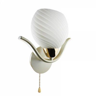 Светильник Colosseo 70821/1WСовременные<br><br><br>S освещ. до, м2: 4<br>Тип лампы: накаливания / энергосбережения / LED-светодиодная<br>Тип цоколя: E27<br>Количество ламп: 1<br>Ширина, мм: 240<br>MAX мощность ламп, Вт: 60<br>Расстояние от стены, мм: 130<br>Высота, мм: 300