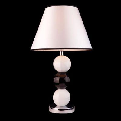 Настольная лампа Евросвет 7167 белаяС абажуром<br><br><br>Тип товара: настольная лампа<br>Тип лампы: накал-я - энергосбер-я<br>Тип цоколя: E27<br>Количество ламп: 1<br>MAX мощность ламп, Вт: 60<br>Диаметр, мм мм: 350<br>Высота, мм: 610<br>Оттенок (цвет): белый<br>Цвет арматуры: белый