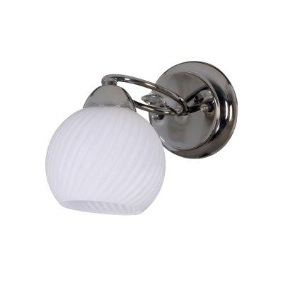 Светильник Colosseo 71915/1WМодерн<br><br><br>S освещ. до, м2: 4<br>Тип лампы: накаливания / энергосбережения / LED-светодиодная<br>Тип цоколя: E27<br>Количество ламп: 1<br>Ширина, мм: 135<br>MAX мощность ламп, Вт: 60<br>Расстояние от стены, мм: 160<br>Высота, мм: 210<br>Цвет арматуры: серебристый