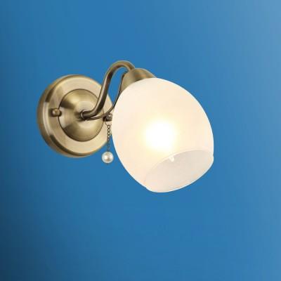 Светильник настенный бра Colosseo 72501/1W FIONAМодерн<br><br><br>Тип лампы: Накаливания / энергосбережения / светодиодная<br>Тип цоколя: E14<br>Количество ламп: 1<br>Ширина, мм: 120<br>MAX мощность ламп, Вт: 60<br>Расстояние от стены, мм: 270<br>Высота, мм: 170<br>Цвет арматуры: бронзовый