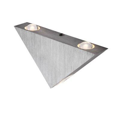 Светильник Globo 7601 GordonДекоративные<br>Настенно-потолочные светильники – это универсальные осветительные варианты, которые подходят для вертикального и горизонтального монтажа. В интернет-магазине «Светодом» Вы можете приобрести подобные модели по выгодной стоимости. В нашем каталоге представлены как бюджетные варианты, так и эксклюзивные изделия от производителей, которые уже давно заслужили доверие дизайнеров и простых покупателей.  Настенно-потолочный светильник Globo 7601 станет прекрасным дополнением к основному освещению. Благодаря качественному исполнению и применению современных технологий при производстве эта модель будет радовать Вас своим привлекательным внешним видом долгое время. Приобрести настенно-потолочный светильник Globo 7601 можно, находясь в любой точке России. Компания «Светодом» осуществляет доставку заказов не только по Москве и Екатеринбургу, но и в остальные города.<br><br>S освещ. до, м2: 12<br>Тип лампы: LED - светодиодная<br>Тип цоколя: LED<br>Количество ламп: 3<br>Ширина, мм: 90<br>MAX мощность ламп, Вт: 1<br>Длина, мм: 165<br>Цвет арматуры: серебристый