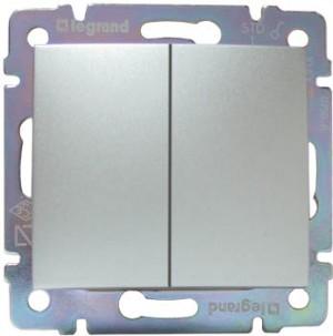 Legrand Valena Выключатель 2-кл. Алюминий 770105Цветные<br><br><br>Оттенок (цвет): серебристый