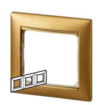 Legrand Valena Матовое золото Рамка 3-ая 770303Цветные<br><br><br>Оттенок (цвет): золотой