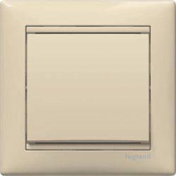 Legrand Valena Крем Выклчатель кнопочный 1-клавишный 774311Бежевый<br><br><br>Оттенок (цвет): бежевый