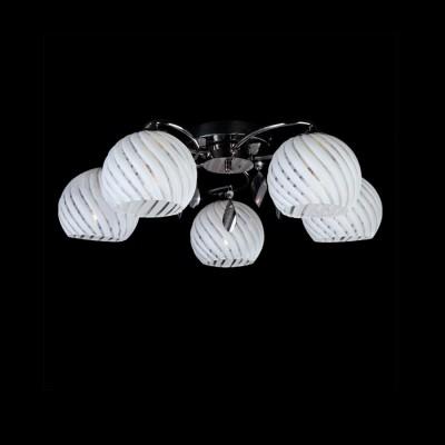 Люстра Eurosvet 7769/5 черный жемчугПотолочные<br>Компания «Светодом» предлагает широкий ассортимент люстр от известных производителей. Представленные в нашем каталоге товары выполнены из современных материалов и обладают отличным качеством. Благодаря широкому ассортименту Вы сможете найти у нас люстру под любой интерьер. Мы предлагаем как классические варианты, так и современные модели, отличающиеся лаконичностью и простотой форм.  Стильная люстра Евросвет 7769/5 станет украшением любого дома. Эта модель от известного производителя не оставит равнодушным ценителей красивых и оригинальных предметов интерьера. Люстра Евросвет 7769/5 обеспечит равномерное распределение света по всей комнате. При выборе обратите внимание на характеристики, позволяющие приобрести наиболее подходящую модель. Купить понравившуюся люстру по доступной цене Вы можете в интернет-магазине «Светодом».<br><br>Установка на натяжной потолок: Ограничено<br>S освещ. до, м2: 20<br>Крепление: Планка<br>Тип лампы: накаливания / энергосбережения / LED-светодиодная<br>Тип цоколя: E27<br>Количество ламп: 5<br>MAX мощность ламп, Вт: 60<br>Диаметр, мм мм: 560<br>Высота, мм: 180<br>Цвет арматуры: серебристый