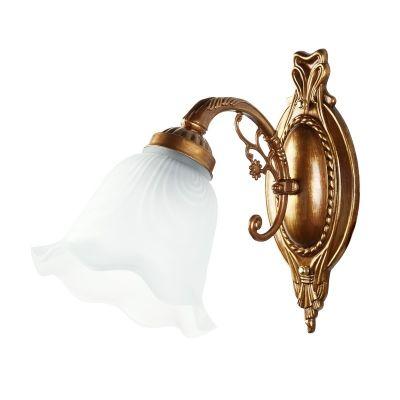 Светильник бра Colosseo 80302/1W LauraКлассика<br>Великолепный настенный светильник итальянского производства выполненный в античном стиле. Изящный белый плафон из матового стекла сделан в форме распустившегося бутона и дает мягкий слегка рассеянный свет. Изящный изгиб рожка крепления украшен веточкой декоративного элемента, что прекрасно гармонирует как с цветочным мотивом плафона, так и с изяществом настенного крепления. Вся арматура окрашена в цвет меди, что придает светильнику еще больше изящества и красоты.<br><br>S освещ. до, м2: 4<br>Тип товара: Светильник настенный бра<br>Скидка, %: 55<br>Тип лампы: накаливания / энергосбережения / LED-светодиодная<br>Тип цоколя: E27<br>Количество ламп: 1<br>Ширина, мм: 110<br>MAX мощность ламп, Вт: 60<br>Расстояние от стены, мм: 270<br>Высота, мм: 300<br>Цвет арматуры: латунь