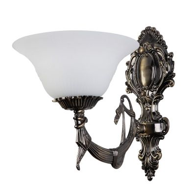 Светильник бра Colosseo 80306/1W LuigiКлассические<br>Изящный настенный светильник в «классическом» стиле всегда будет привлекать к себе восхищенные взгляды! Матовый белый плафон, напоминающий по форме распустившийся цветок, создает мягкое, комфортное освещение, поэтому бра можно использовать в качестве декоративной подсветки, например, выделить картину, фотографии, стеклянную полку с сувенирами, архитектурные особенности интерьера (нишу, арку) и т.п. Рекомендуем Вам приобретать светильник в комплекте из нескольких экземпляров и люстрой той же серии, тогда дизайн комнаты будет выглядеть по-настоящему стильным, уютным и гармоничным!<br><br>S освещ. до, м2: 4<br>Крепление: настенное<br>Тип лампы: накаливания / энергосбережения / LED-светодиодная<br>Тип цоколя: E27<br>Количество ламп: 1<br>Ширина, мм: 210<br>MAX мощность ламп, Вт: 60<br>Расстояние от стены, мм: 280<br>Высота, мм: 300<br>Цвет арматуры: бронзовый