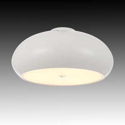 Lightstar Sinta 804036 Потолочный светильникСнято с производства<br><br><br>Установка на натяжной потолок: Ограничено<br>S освещ. до, м2: 8<br>Крепление: Планка<br>Тип цоколя: E27<br>Количество ламп: 3<br>MAX мощность ламп, Вт: 40<br>Размеры: D 450 H 200<br>Оттенок (цвет): белый