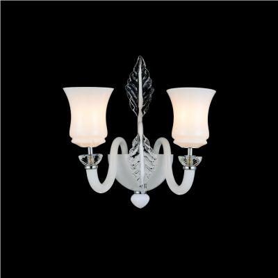 Lightstar Lightstar 804620 804620 Светильник настенный браХай-тек<br><br><br>S освещ. до, м2: 6<br>Тип лампы: накаливания / энергосбережения / LED-светодиодная<br>Тип цоколя: E14<br>Количество ламп: 2<br>MAX мощность ламп, Вт: 40<br>Размеры: H430  W330  отступ<br>Длина, мм: 400<br>Расстояние от стены, мм: 340<br>Высота, мм: 470<br>Оттенок (цвет): белый<br>Цвет арматуры: серебристый