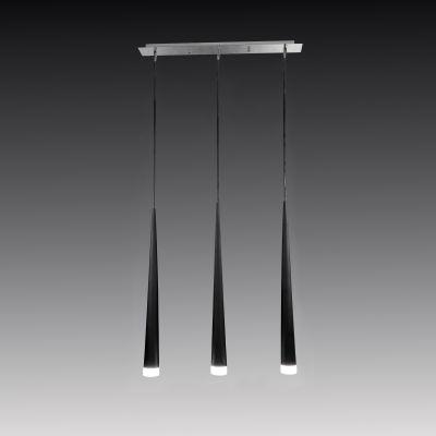Lightstar Bella 807037 Люстра подвеснаяПодвесные<br>Компания «Светодом» предлагает широкий ассортимент люстр от известных производителей. Представленные в нашем каталоге товары выполнены из современных материалов и обладают отличным качеством. Благодаря широкому ассортименту Вы сможете найти у нас люстру под любой интерьер. Мы предлагаем как классические варианты, так и современные модели, отличающиеся лаконичностью и простотой форм.  Стильная люстра Lightstar 807037 станет украшением любого дома. Эта модель от известного производителя не оставит равнодушным ценителей красивых и оригинальных предметов интерьера. Люстра Lightstar 807037 обеспечит равномерное распределение света по всей комнате. При выборе обратите внимание на характеристики, позволяющие приобрести наиболее подходящую модель.  Купить понравившуюся люстру по доступной цене Вы можете в интернет-магазине «Светодом».<br><br>Установка на натяжной потолок: Да<br>S освещ. до, м2: 12<br>Крепление: Планка<br>Тип цоколя: G9<br>Количество ламп: 3<br>Ширина, мм: 550<br>MAX мощность ламп, Вт: 40<br>Размеры: H 70-1300 W 60x550<br>Длина, мм: 60<br>Высота, мм: 700-1300<br>Цвет арматуры: серебристый