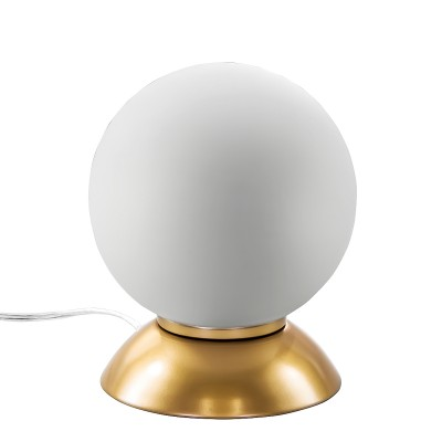 Настольная лампа Lightstar 813912 GLOBOВ виде шара<br>Настольная лампа – это не просто источник дополнительного освещения, но и оригинальный элемент декора. Его можно установить в спальне, гостиной, кабинете и других комнатах. Интернет-магазин «Светодом» предлагает настольные лампы разных стилей по доступным ценам. Благодаря большому ассортименту Вы обязательно найдете в нашем каталоге именно ту модель, которую искали.   Настольная лампа Lightstar 813912 – прекрасный вариант для завершения интерьера. Ее можно включить одновременно с люстрой для более яркого освещения или без нее для создания уютной атмосферы, настраивающей на отдых.   Купить настольную лампу Lightstar 813912 Вы можете с помощью виртуальной «Корзины» или по контактным номерам, указанным на сайте.<br><br>Тип цоколя: E14<br>Количество ламп: 1<br>MAX мощность ламп, Вт: 40<br>Диаметр, мм мм: 150<br>Высота, мм: 200
