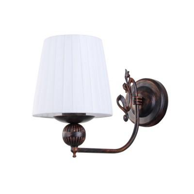 Светильник Colosseo 82126/1W OptimaКлассические<br><br><br>Тип лампы: Накаливания / энергосбережения / светодиодная<br>Тип цоколя: E27<br>Количество ламп: 1<br>Ширина, мм: 150<br>MAX мощность ламп, Вт: 60<br>Длина, мм: 270<br>Высота, мм: 240<br>Цвет арматуры: коричневый