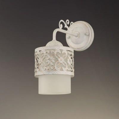 Светильник настенный бра Colosseo 82508/1W ROGGEROКлассика<br><br><br>Тип лампы: Накаливани / нергосбережени / светодиодна<br>Тип цокол: E27<br>Количество ламп: 1<br>Ширина, мм: 120<br>MAX мощность ламп, Вт: 60<br>Расстоние от стены, мм: 270<br>Высота, мм: 270<br>Цвет арматуры: белый