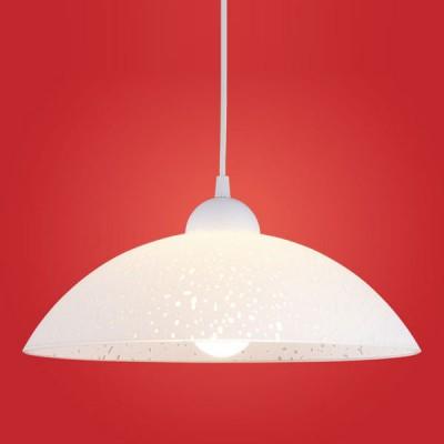 Eglo VETRO 82783 Светильник подвеснойДля кухни<br>Австрийское качество модели светильника Eglo 82783 не оставит равнодушным каждого купившего! Плафон из высококачественного пластика c нанесенным узором. Основание пластик. Класс изоляции 2 (двойная изоляция до лампы), IP 20, освещенность 1320 lm ,Н=1100D=350,1X100W,E27.<br><br>S освещ. до, м2: 6<br>Тип лампы: накал-я - энергосбер-я<br>Тип цоколя: E27<br>Количество ламп: 1<br>MAX мощность ламп, Вт: 2<br>Диаметр, мм мм: 350<br>Размеры основания, мм: 0<br>Высота, мм: 1100<br>Оттенок (цвет): белый<br>Цвет арматуры: белый<br>Общая мощность, Вт: 1X60W