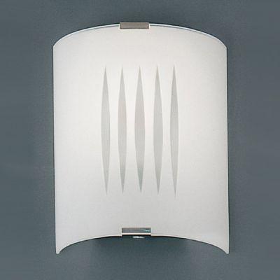 Eglo GRAFIK 83132 Настенно-потолочный светильникНакладные<br>Австрийское качество модели светильника Eglo 83132 не оставит равнодушным каждого купившего! Матовое закаленное стекло(пр-во Чехия) вытравленный рисунок , основание сталь с защитным покрытием. Класс изоляции 2 (двойная изоляция), IP 20, освещенность 1320 lm ,L=180Н=210,1X60W,E27.<br><br>S освещ. до, м2: 6<br>Тип лампы: накаливания / энергосбережения / LED-светодиодная<br>Тип цоколя: E27<br>Количество ламп: 1<br>MAX мощность ламп, Вт: 2<br>Размеры основания, мм: 0<br>Длина, мм: 180<br>Расстояние от стены, мм: 85<br>Высота, мм: 210<br>Оттенок (цвет): дизайн линии<br>Общая мощность, Вт: 1X60W
