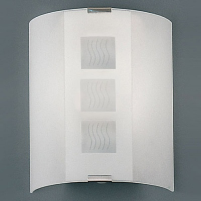 Eglo GRAFIK 83133 Настенно-потолочные светильникиПрямоугольные<br>Австрийское качество модели светильника Eglo 83133 не оставит равнодушным каждого купившего! Матовое закаленное стекло(пр-во Чехия), Хромированный корпус, Класс изоляции 2 (двойная изоляция), IP 20, Экологически безопасные технологии.,L=280Н=290,1X60W,E27.<br><br>S освещ. до, м2: 6<br>Тип лампы: накаливания / энергосбережения / LED-светодиодная<br>Тип цоколя: E27<br>Количество ламп: 1<br>Размеры основания, мм: 0<br>Длина, мм: 280<br>Расстояние от стены, мм: 90<br>Высота, мм: 290<br>Оттенок (цвет): дизайн квадрат/волна<br>MAX мощность ламп, Вт: 2<br>Общая мощность, Вт: 1X60W