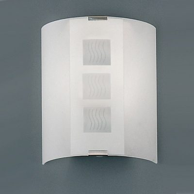 Eglo GRAFIK 83134 Настенно-потолочный светильникНакладные<br>Австрийское качество модели светильника Eglo 83134 не оставит равнодушным каждого купившего! Матовое закаленное стекло(пр-во Чехия) , Хромированный корпус, Класс изоляции 2 (двойная изоляция), IP 20, Экологически безопасные технологии.,L=180Н=210,1X60W,E27.<br><br>S освещ. до, м2: 6<br>Тип лампы: накаливания / энергосбережения / LED-светодиодная<br>Тип цоколя: E27<br>Количество ламп: 1<br>MAX мощность ламп, Вт: 2<br>Размеры основания, мм: 0<br>Длина, мм: 180<br>Расстояние от стены, мм: 85<br>Высота, мм: 210<br>Оттенок (цвет): дизайн квадрат/волна<br>Общая мощность, Вт: 1X60W