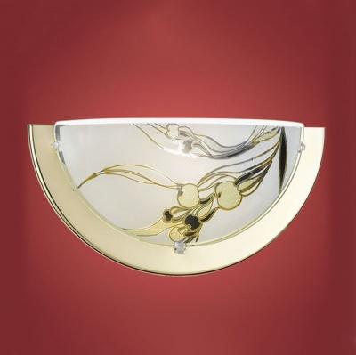 Eglo PLANET 3 83201 Светильник настенный браНакладные<br>Австрийское качество модели светильника Eglo 83201 не оставит равнодушным каждого купившего! Матовое закаленное стекло(пр-во Чехия) , Хромированный корпус, Класс изоляции 2 (двойная изоляция), IP 20, освещенность 806 lm ,L=290Н=145,1X60W,E27.<br><br>S освещ. до, м2: 4<br>Тип лампы: накаливания / энергосбережения / LED-светодиодная<br>Тип цоколя: E27<br>Количество ламп: 1<br>Ширина, мм: 290<br>MAX мощность ламп, Вт: 60<br>Цвет арматуры: золотой