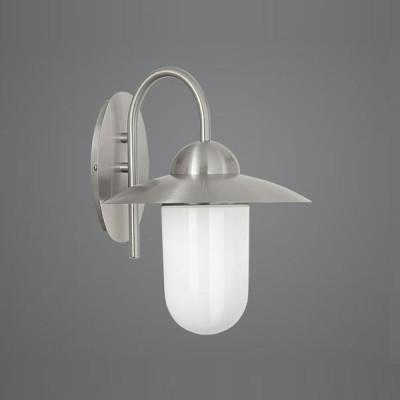 Eglo MILTON 1 83585 светильник уличныйНастенные<br>Парковые светильники EGLO MILTON (IP44) и EGLO MILTON 1 (IP44) — светильники для наружного освещения. Степень защиты IP44 — защита от твердых тел gt;  1 мм, защита от капель и брызг. В серию входит настенный светильник 2 с датчиком движения. Плафоны светильников 1, 2, 3 выполнены из высококачественного матового стекла, плафоны светильников 4, 5, 6 — из высококачественного прозрачного стекла  арматура из нержавеющей стали. Светильники рассчитаны на обычную лампу E27 60W max. Цвет MILTON (IP44): 1 — нержавеющая сталь (stainless steel), 2 — зеленый антик (green antique), 3 — коричневый антик (brown antique)  цвет MILTON 1 (IP44): 4 — нержавеющая сталь (stainless steel), 5 — зеленый антик (green antique), 6 — синий антик (blue antique).<br><br>Тип цоколя: E27<br>Цвет арматуры: серебристый<br>Ширина, мм: 240<br>Расстояние от стены, мм: 290<br>Высота, мм: 310<br>Оттенок (цвет): белый<br>MAX мощность ламп, Вт: 60<br>Общая мощность, Вт: 2