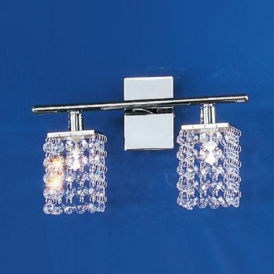 Eglo PYTON 85332 Настенно-потолочный светильникХрустальные<br>Австрийское качество модели светильника Eglo 85332 не оставит равнодушным каждого купившего! Кристаллы (хрусталь Пр-во Египет Asfour), Хромированное глянцевое основание, Класс изоляции 2, IP 20, Экологически безопасные технологии, освещенность 940 lm ,L=305Н=185,2X33W,G9.<br><br>S освещ. до, м2: 5<br>Тип лампы: галогенная / LED-светодиодная<br>Тип цоколя: G9<br>Количество ламп: 2<br>MAX мощность ламп, Вт: 2<br>Размеры основания, мм: 0<br>Длина, мм: 305<br>Расстояние от стены, мм: 100<br>Высота, мм: 185<br>Оттенок (цвет): прозрачный<br>Цвет арматуры: серебристый<br>Общая мощность, Вт: 2X33W