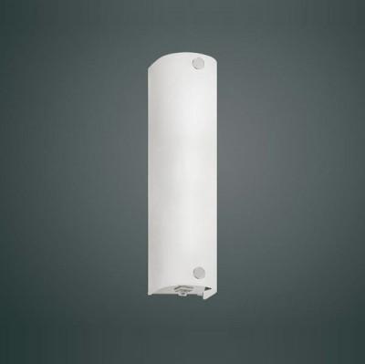Eglo MONO 85337 светильник для ванной комнаты и зеркалДлинные<br>Австрийское качество модели светильника Eglo 85337 не оставит равнодушным каждого купившего! Основание из литого алюминия, прорезиненные и силиконовые уплотнители, защита от коррозии металлов, термостойкое стекло, температурный режим использования от -25 до +80, выключатель на корпусе.<br><br>S освещ. до, м2: 2<br>Тип лампы: накаливания / энергосбережения / LED-светодиодная<br>Тип цоколя: E14<br>Количество ламп: 1<br>Ширина, мм: 70<br>MAX мощность ламп, Вт: 2<br>Размеры основания, мм: 0<br>Длина, мм: 245<br>Расстояние от стены, мм: 65<br>Оттенок (цвет): белый<br>Цвет арматуры: серебристый<br>Общая мощность, Вт: 1X40W