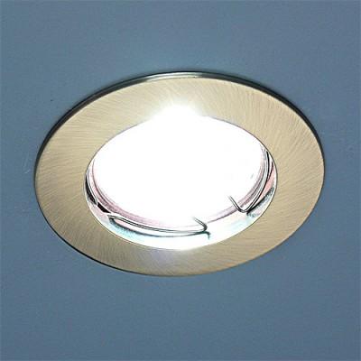 863 MR16 SB бронза Электростандарт Точечный светильникТочечные светильники круглые<br>Лампа: MR16 G5.3 max 50 Вт Диаметр: #216; 80 мм Высота внутренней части: ? 21 мм Высота внешней части: ? 3 мм Монтажное отверстие: #216; 60 мм Гарантия: 2 года<br><br>S освещ. до, м2: 3<br>Тип лампы: галогенная<br>Тип цоколя: gu5.3<br>Цвет арматуры: бронзовый<br>Количество ламп: 1<br>Диаметр, мм мм: 78<br>Диаметр врезного отверстия, мм: 60<br>Оттенок (цвет): бронзовый<br>MAX мощность ламп, Вт: 50