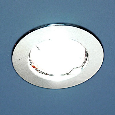 863 MR16 SCH хром сатинированный Электростандарт Точечный светильникКруглые<br>Лампа: MR16 G5.3 max 50 Вт Диаметр: ? 80 мм Высота внутренней части: ? 21 мм Высота внешней части: ? 3 мм Монтажное отверстие: ? 60 мм Гарантия: 2 года<br><br>S освещ. до, м2: до 3<br>Тип лампы: галогенная<br>Тип цоколя: gu5.3<br>Цвет арматуры: серебристый<br>Количество ламп: 1<br>Диаметр, мм мм: 78<br>Диаметр врезного отверстия, мм: 60<br>Оттенок (цвет): сатин серебро<br>MAX мощность ламп, Вт: 50W