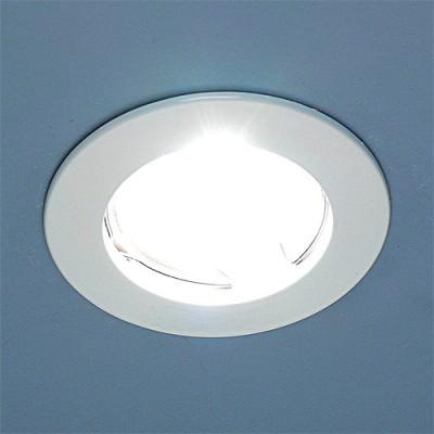 863 MR16 WH белый Электростандарт Точечный светильникКруглые<br>Лампа: MR16 G5.3 max 50 Вт Диаметр: ? 80 мм Высота внутренней части: ? 21 мм Высота внешней части: ? 3 мм Монтажное отверстие: ? 60 мм Гарантия: 2 года<br><br>S освещ. до, м2: 3<br>Тип лампы: галогенная<br>Тип цоколя: gu5.3<br>Цвет арматуры: белый<br>Количество ламп: 1<br>Диаметр, мм мм: 78<br>Диаметр врезного отверстия, мм: 60<br>Оттенок (цвет): белый<br>MAX мощность ламп, Вт: 50