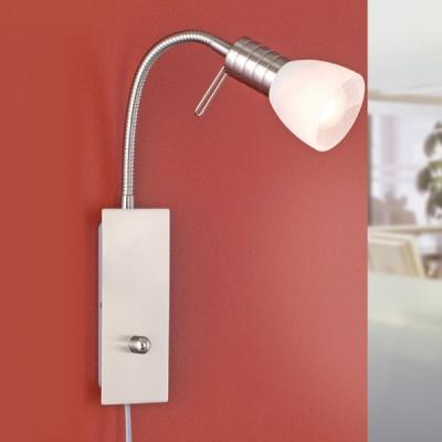 Eglo PRINCE 1 86428 Светильник поворотный спотГибкие<br>86428<br><br>S освещ. до, м2: 2<br>Тип лампы: накаливания / энергосбережения / LED-светодиодная<br>Тип цоколя: E14<br>Количество ламп: 1<br>MAX мощность ламп, Вт: 2<br>Размеры основания, мм: 0<br>Длина, мм: 70<br>Расстояние от стены, мм: 220<br>Высота, мм: 280<br>Оттенок (цвет): белый<br>Цвет арматуры: серый<br>Общая мощность, Вт: 1X40W